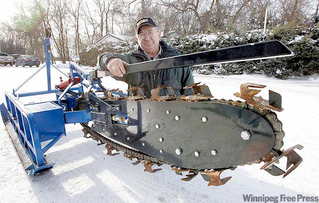 Канадская потопляемая ледорезная бензопила