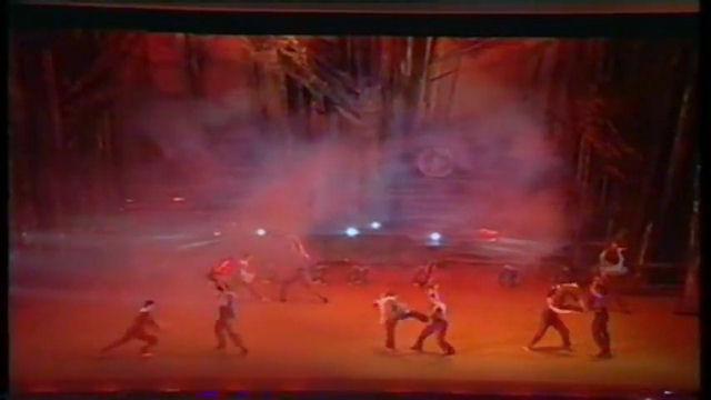 Балет Царь-Рыба. Танец с бензопилами.